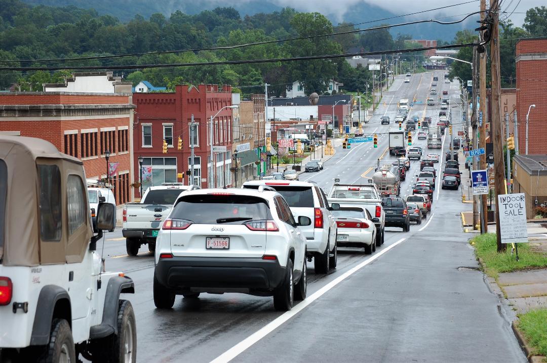 Slow go NB on I-75 and through La Follette – WLAF